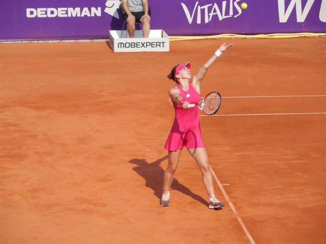Halep si Niculescu continua pe tabloul de simplu la BRD Bucharest Open