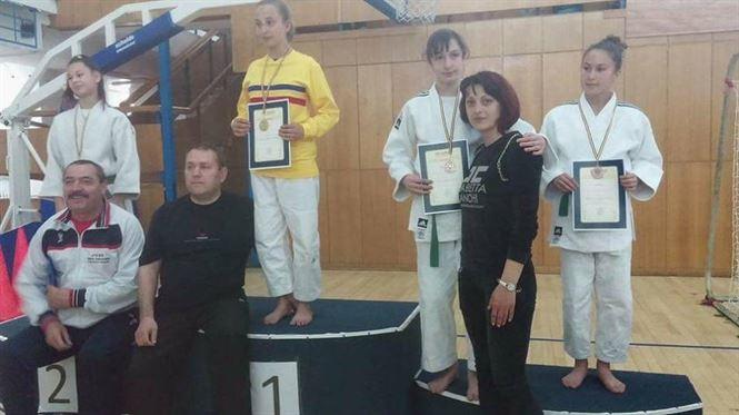 Bronz la individual si argint la echipe, pentru judoca Andreea Marinescu