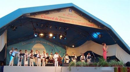 """Maine se deschide Festivalul """"Cantecul de dragoste de-a lungul Dunarii"""""""