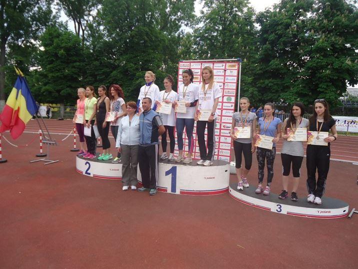 Anamaria Ionita aur in probele de stafeta cu CSU Pitesti