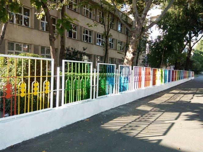 Asociatia Coloreria a dat culoare scolii Fanus Neagu