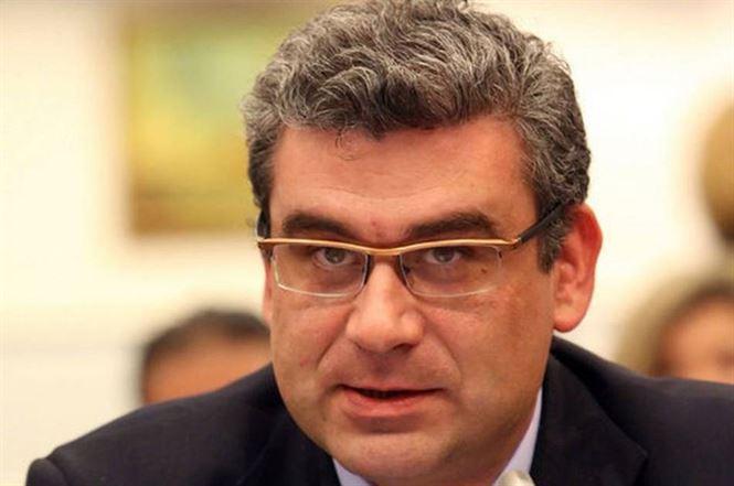 Baconschi: Mi-au fost ceruti, cu scandaluri si insulte, 100.000 de euro pentru a fi tolerat pe locul 3