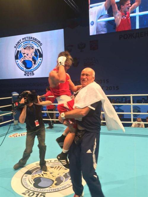Boxul romanesc are un campion mondial de juniori