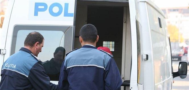 Brailean arestat 30 de zile pentru furturi din autoturisme