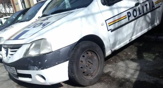 Brailean depistat si retinut de politisti pentru talharirea unei femei