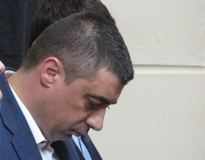 Braileanul Francisk Chiriac, suspectat de intelegeri secrete cu producatorii de tutun
