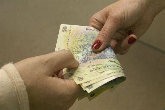 Bucuresteni retinuti dupa ce au inselat doua angajate ale unor societati brailene