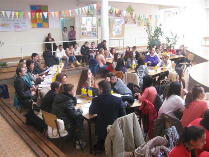 Concurs intercultural, De la robie la emancipare