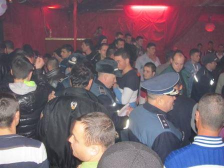 Controale ale politiei in discoteci