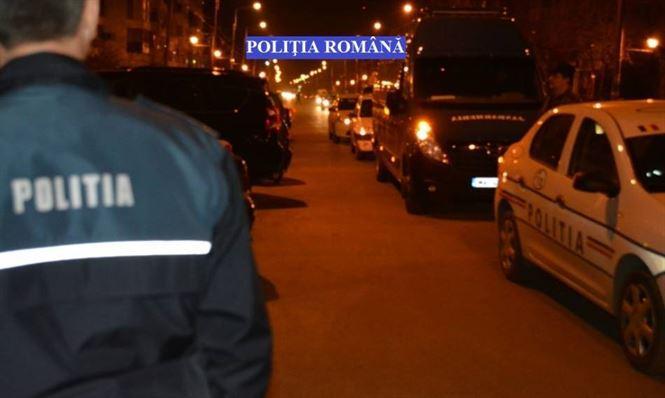 Echipe de politisti si de jandarmi au actionat pentru prevenirea comiterii faptelor cu violenta si a producerii accidentelor rutiere