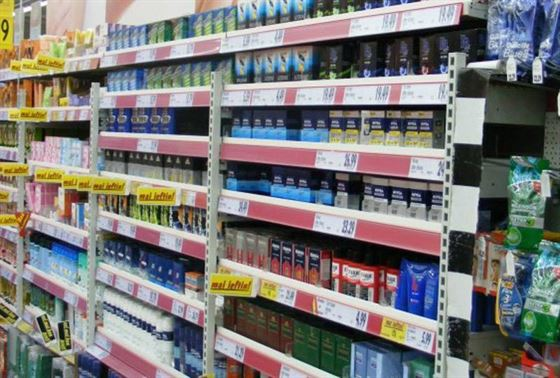 Furturi de 270 de pe rafturile unui supermarket