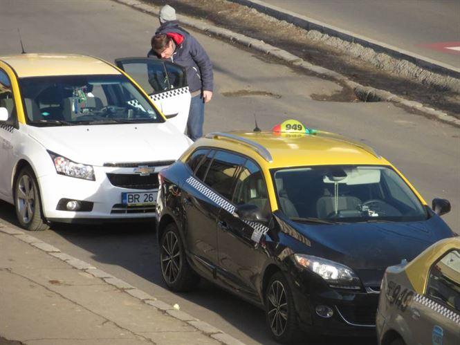 Taxiurile din Braila verificate de politisti