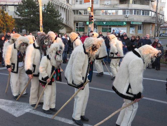 Galerie foto: Parada colindatorilor pe Calea Calarasilor
