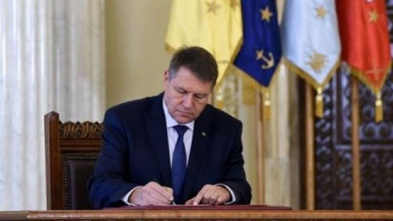 Iohannis a semnat decretul de eliberare din funcție