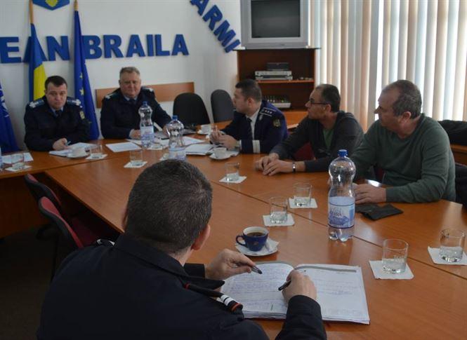 Jandarmii au prezentat masurile de ordine ce trebuie asigurate la intrecerile sportive
