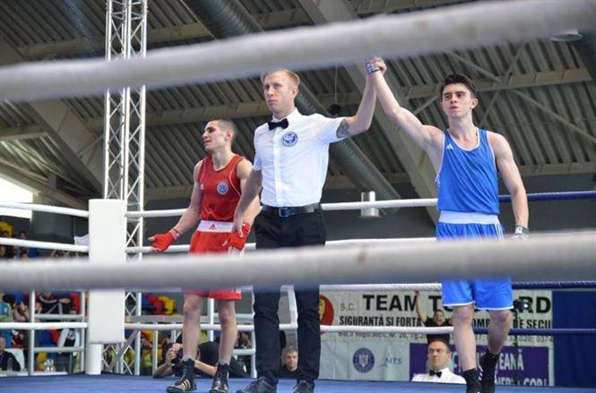 Jitaru, Marin si Dinca calificati in sferturi la europenele de box pentru tineret