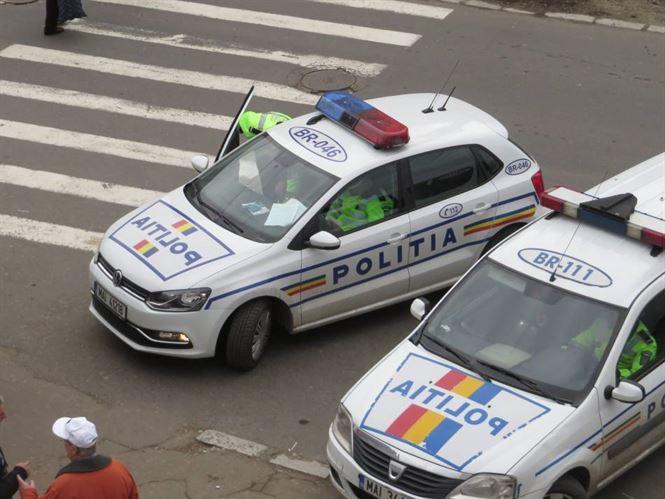 Opriti in trafic de politisti si depistati fara permis sau cu vehiculele cu numerele expirate