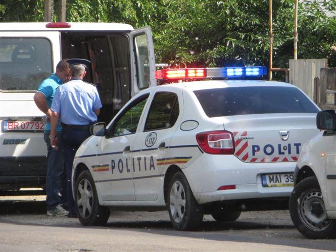 Peste 150 de autovehicule verificate de politisti