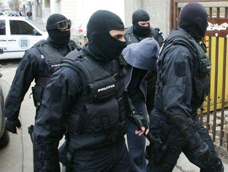 Proxenetul brailean Adrian Tiutiu arestat in Vama Bors