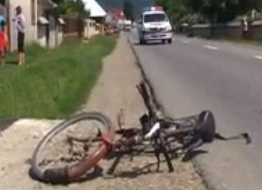 S-a accidentat cazand de pe bicicleta