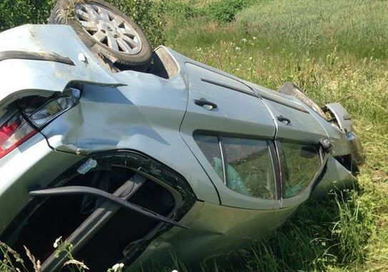 S-a rasturnat cu masina la iesire din Valea Canepii