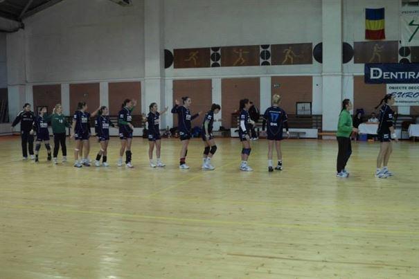 Se decid ultimele doua echipe din Liga Nationala de handbal feminin