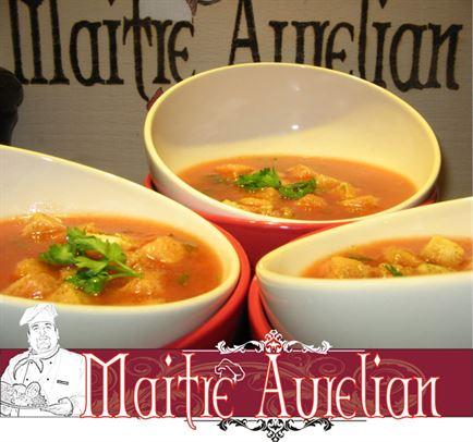 Supa crema de rosii cu usturoi
