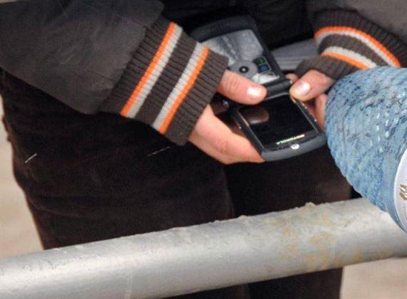 Telefoanele mobile usor de furat de hoti