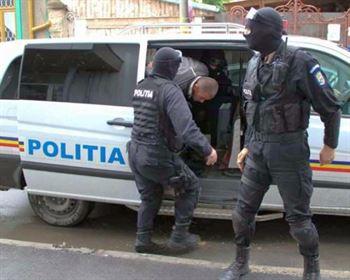 Trei braileni banuiti de furturi dintr-o societate comerciala din Buzau