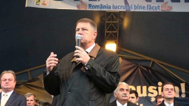 Trimis in judecata, lui Ponta i se cere din nou demisia de catre presedintele Iohannis