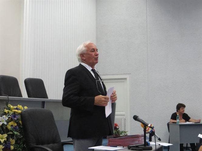 Vicepresedintele CJ, Viorel Mortu, promite pentru luna viitoare finantare pentru echipa de fotbal