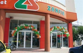Zanfir Supermarket preia doua magazine Carrefour Market din Braila