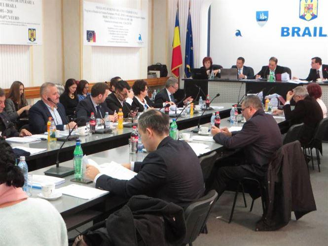 Luni, 10 decembrie, de la ora 10.00, la Sala de ședințe a CUP Dunărea, consilierii municipali au fost convocați la o ședință extraordinară a CLM.