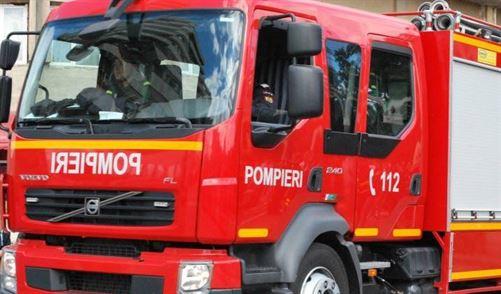 I-a luat foc masina dupa ce a cumparat o oaie de la o stana din Romanu