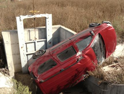 A incercat sa evite un autoturism si s-a rasturnat cu masina