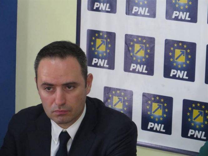 Nazare: Ministrul Transporturilor trebuie să demită de urgență conducerea CNADNR