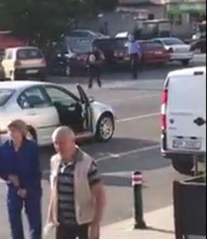 Video: Un individ a creat panica in zona Garii din Braila