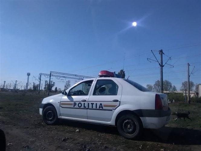 Prins de polițiști după ce a furat 700 de lei din locuința unei bătrâne de 96 de ani