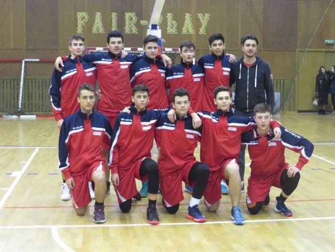 Juniorii U16 de la Cuza Sport liderii grupei cu doua etape inaintea finalului fazei de calificare